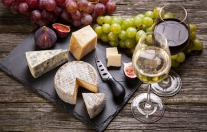 Virtual wine and cheese evening @ Online (Zoom)
